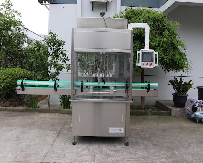 直线式灌装机